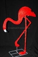 """""""Фламинго смотрит вниз"""". 3D акриловая светодиодная фигура."""