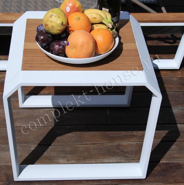 Стол кофейный TeakLux 57х57х47 см