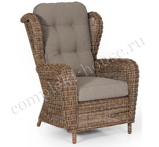"""""""Catherine"""". Кресло для отдыха из искусственного ротанга."""