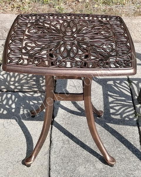 Кофейный столик из литого алюминия Lori