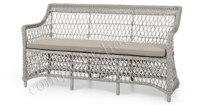 """Beatrice"". Плетеный диван, 3х местный."