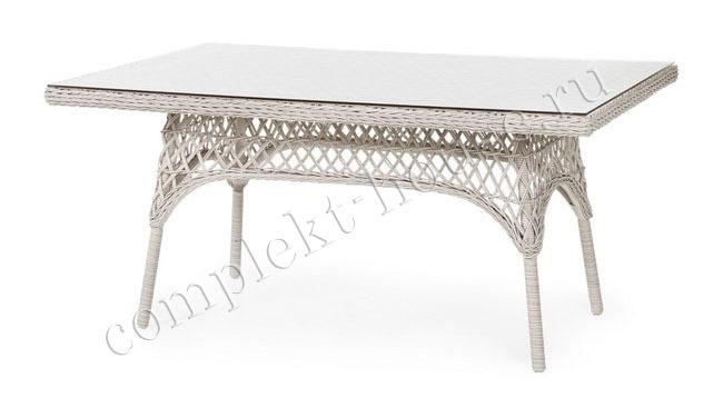 """Beatrice"". Плетеный стол, размер 150х90 см."