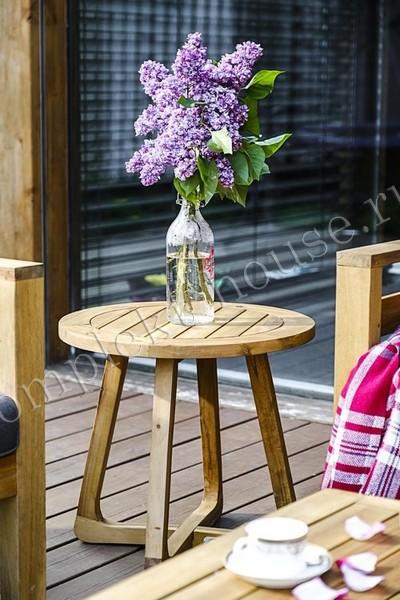 Кофейный столик из акации LRound